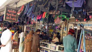Photo of حکومت نے کاروبار کھولنے کی اجازت کیا دی ،تاجروں نے بے احتیاطی کی حد کر دی