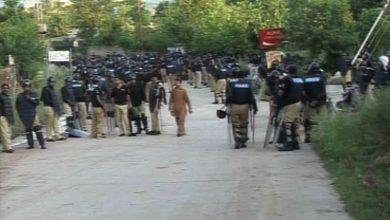 Photo of عمران خان کی رہائش گاہ پر احتجاج کے لیے جانے والے اساتذہ پر شلینگ